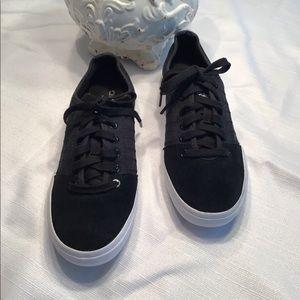 Adidas Black Canvas Skater Style Shoe, 8.5, EUC